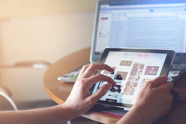 Pomysły na działalność zarobkową w internecie